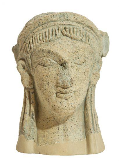 Κεφαλή ειδωλίου από την Αξό αρχές 6ου αι. π.Χ.