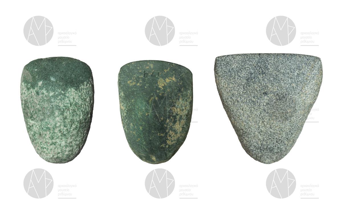 Λίθινες αξίνες, Σπήλαιο Γερανίου, περ. 4500 π.Χ.