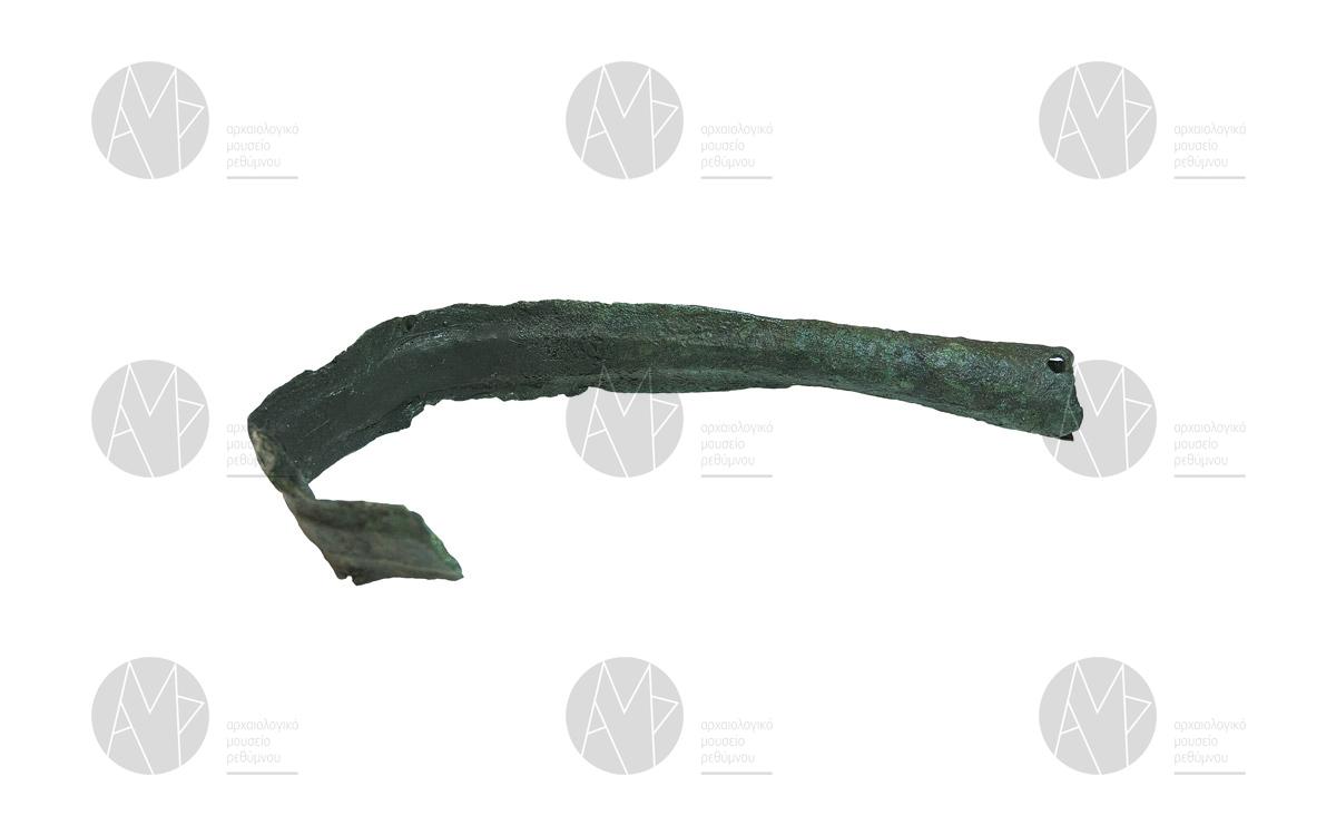 Σιδερένια αιχμή δόρατος «θανατωμένη» Θολωτός τάφος Παντάνασσας, 11ος/10oς αιώνας π.Χ.