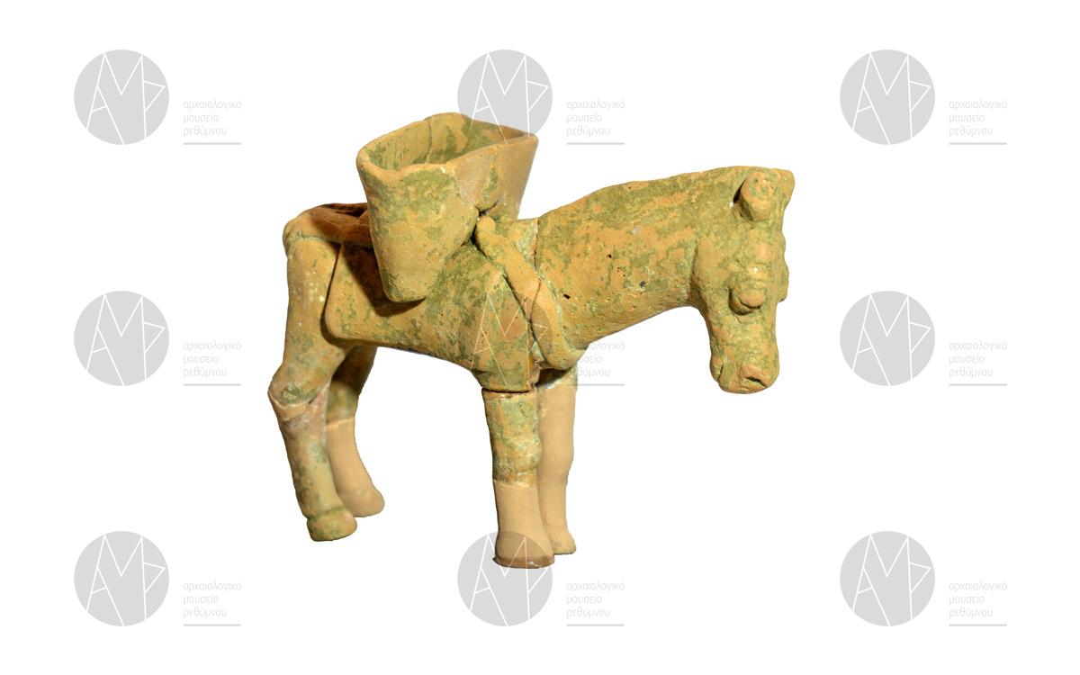 Πήλινο ομοίωμα υποζύγιου, Πάνορμο, 3ος αι. π.Χ.